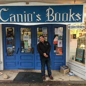 2016-10-09-bookstore-in-the-hamptons