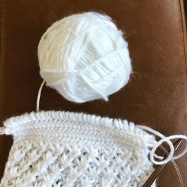 2018.09.26 Learning to Knit Hearingbone